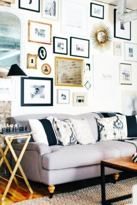 How To Create Wall Gallery In Above The Sofa 40