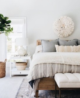 Love The Neutral Color For Master Bedroom Idea 40