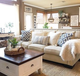 Modern Farmhouse Decoration For Your Living Room 39