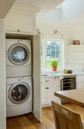 Perfect Laundry Room Decor In Your Tiny House 04