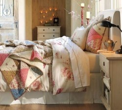 Ways To Create Cozy And Beautiful Teen Farmhouse Bedroom 19
