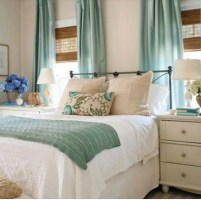 Ways To Create Cozy And Beautiful Teen Farmhouse Bedroom 54