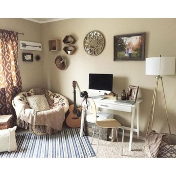 44 Modern Rustic Decorating Ideas For Your Home Office 21