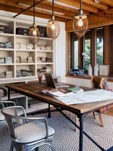 44 Modern Rustic Decorating Ideas For Your Home Office 36