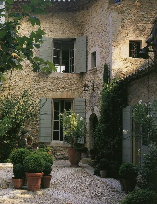 A Cozy Backyard France Terrace Ideas 21