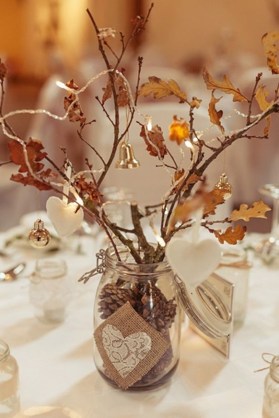 Adorable Winter Wedding Ideas For Decorate Your Party 46