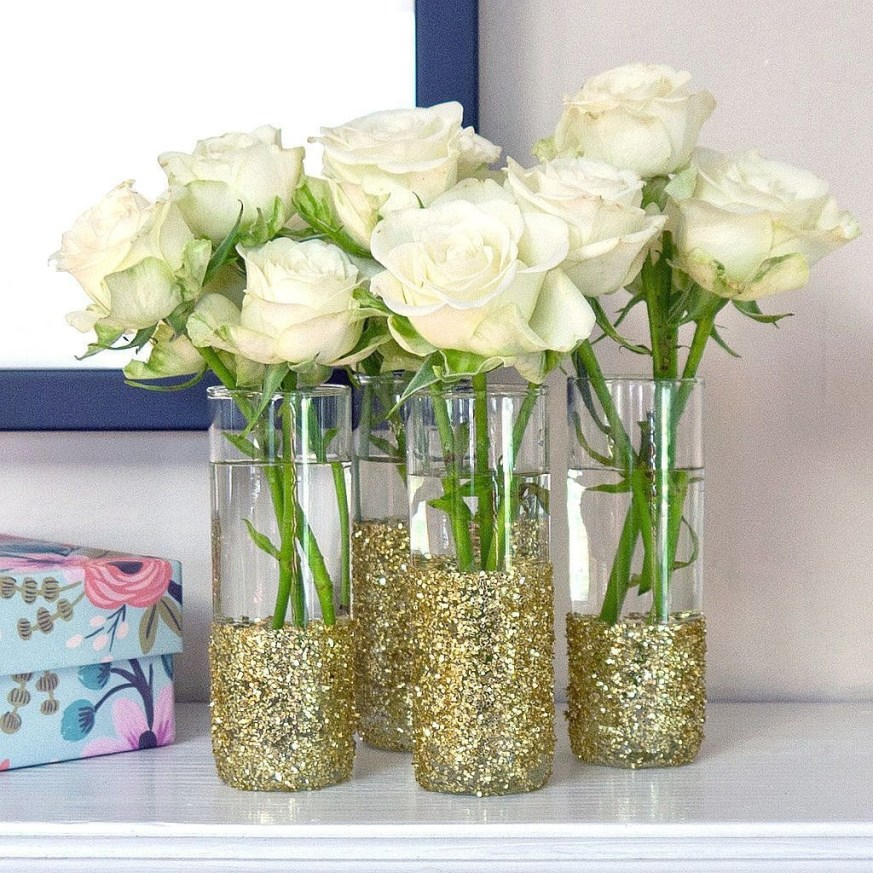 Amazing Inspiration With Bottle Christmas Vases You Can Try 41