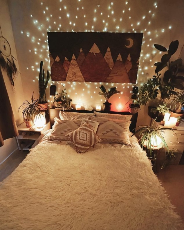 Awesome Boho Decorating Ideas For Your Bedroom 16