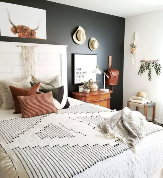 Awesome Boho Decorating Ideas For Your Bedroom 19