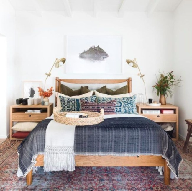 Awesome Boho Decorating Ideas For Your Bedroom 27