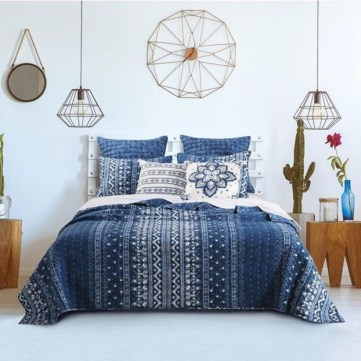 Awesome Boho Decorating Ideas For Your Bedroom 33