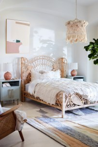 Awesome Boho Decorating Ideas For Your Bedroom 39