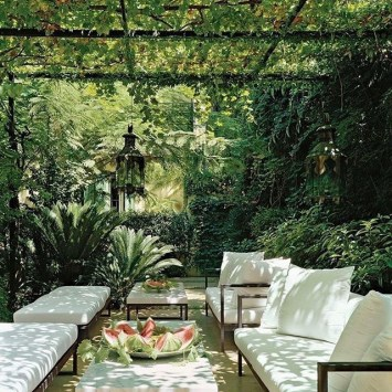 Beautiful Tropical Outdoor Decoration For Cozy Place 18