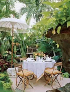 Beautiful Tropical Outdoor Decoration For Cozy Place 23