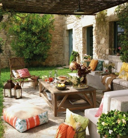 Beautiful Tropical Outdoor Decoration For Cozy Place 33