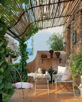 Beautiful Tropical Outdoor Decoration For Cozy Place 40