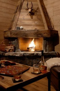 Best Decorating Ideas For Winter Fireplace 03