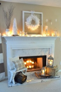 Best Decorating Ideas For Winter Fireplace 13