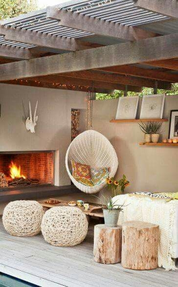 Best Decorating Ideas For Winter Fireplace 18