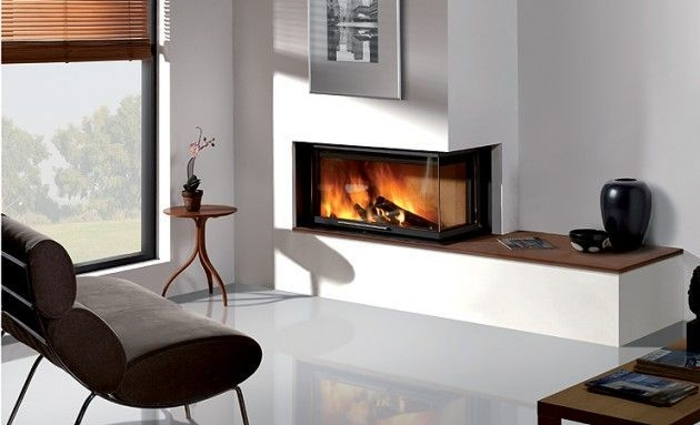 Best Decorating Ideas For Winter Fireplace 39