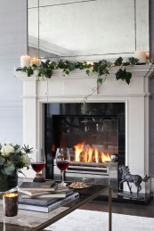 Best Decorating Ideas For Winter Fireplace 44