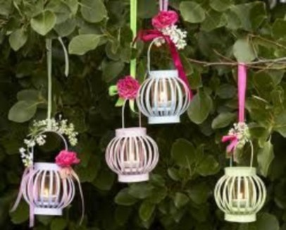 Best Garden Decorate With Some DIY Hanging Lights 16