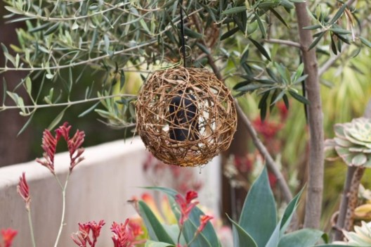 Best Garden Decorate With Some DIY Hanging Lights 32