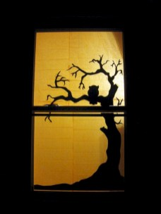 Best Ghost Silhouette DecorIideas To Haunt Your Guests 15