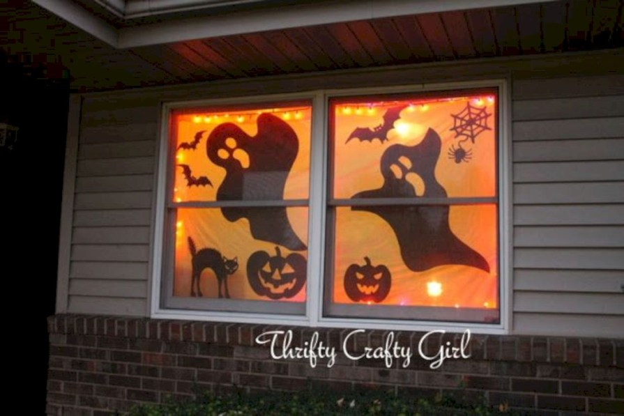Best Ghost Silhouette DecorIideas To Haunt Your Guests 27