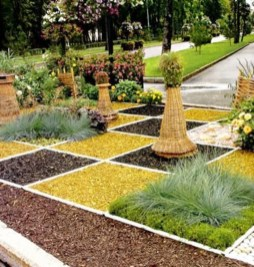 Best Ornament Ideas To Beautify Your Garden 34