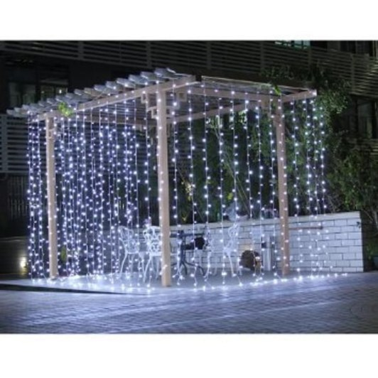 Better Homes And Gardens With Outdoor LED Curtain Lights 10