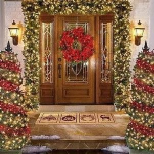 Classic Christmas Decoration You Must Try For Your Family 18