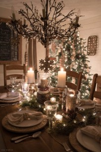 Classic Christmas Decoration You Must Try For Your Family 29