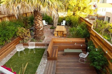 DIY Wood Project For Landscaping Backyard Ideas 41