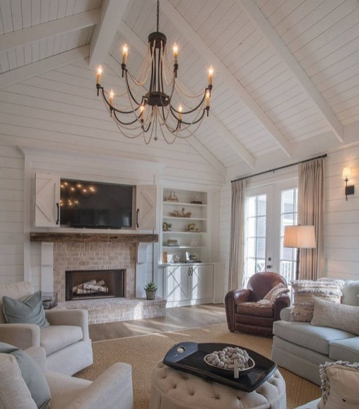 Farmhouse Interior Ideas That Will Inspire Your Next Remodel 09