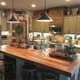Farmhouse Interior Ideas That Will Inspire Your Next Remodel 34