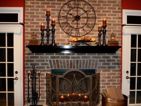 Favorite Winter Decorating For Fireplace Ideas 31