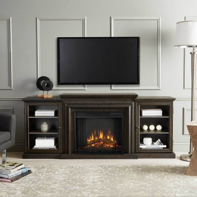 Favorite Winter Decorating For Fireplace Ideas 49