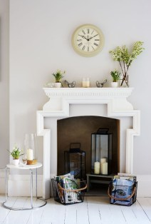 Favorite Winter Decorating For Fireplace Ideas 54