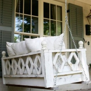 Front Porch Decorating Ideas Try For Your Design 29