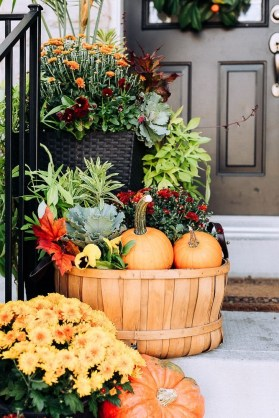 Front Porch Decorating Ideas Try For Your Design 44