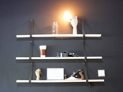 Hanging Shelves Decoration You Can Put In Your Wall 33