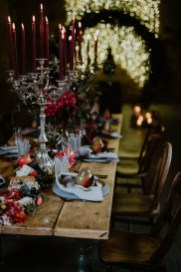 Luxury Christmas Table Decoration For Celebrating Christmas This Year 02