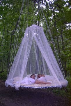 Relaxing Suspended Outdoor Beds That Will Transform Your Year 22