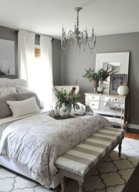 Small Master Bedroom Decor Ideas 06