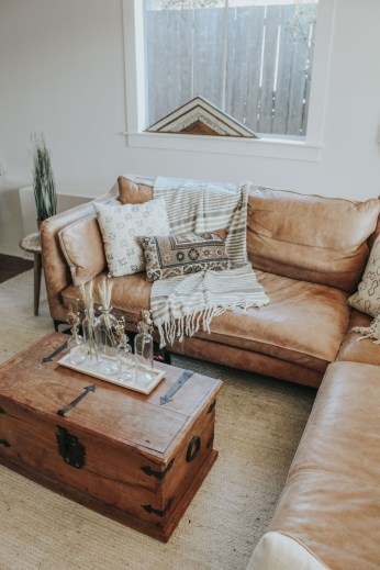 Ways To Make Your House Cozy For The Holiday 34