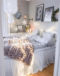 Ways To Make Your House Cozy For The Holiday 47