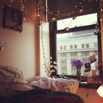 Ways To Use Christmas Light In Your Room 25