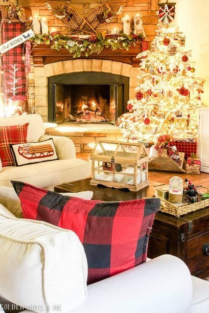 Ways To Use Christmas Light In Your Room 44