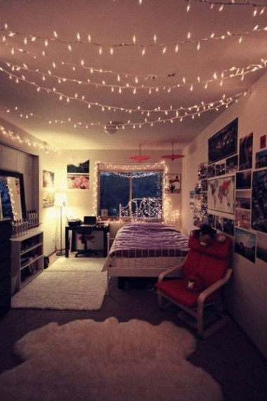 Ways To Use Christmas Light In Your Room 52